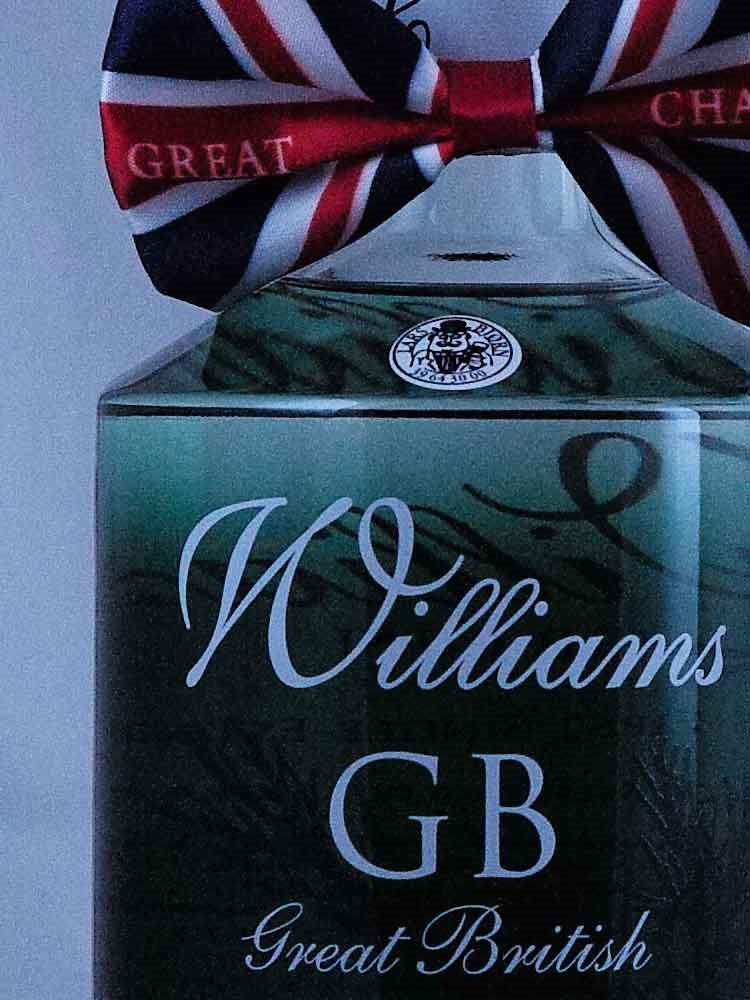 Williams GB Extra Dry Gin / Herefordshire England